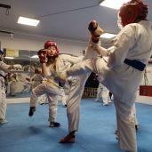 GRUPA GENERALNA JUNIOR: Treningi dla juniorów ćwiczących kilka lat uzupełniających treningi podstawowe.